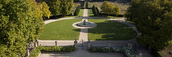 Laissez-vous bercer par les merveilles du Parc de la Villa Baulieu